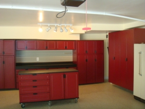 Storage Closet Builder Novi MI | Great Lakes Garage - DSC02372